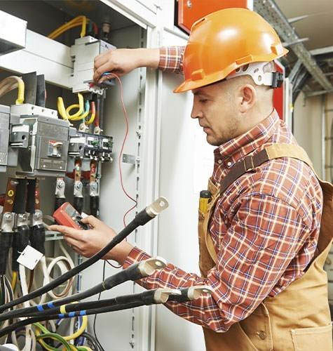 Услуги электрика в Анапе